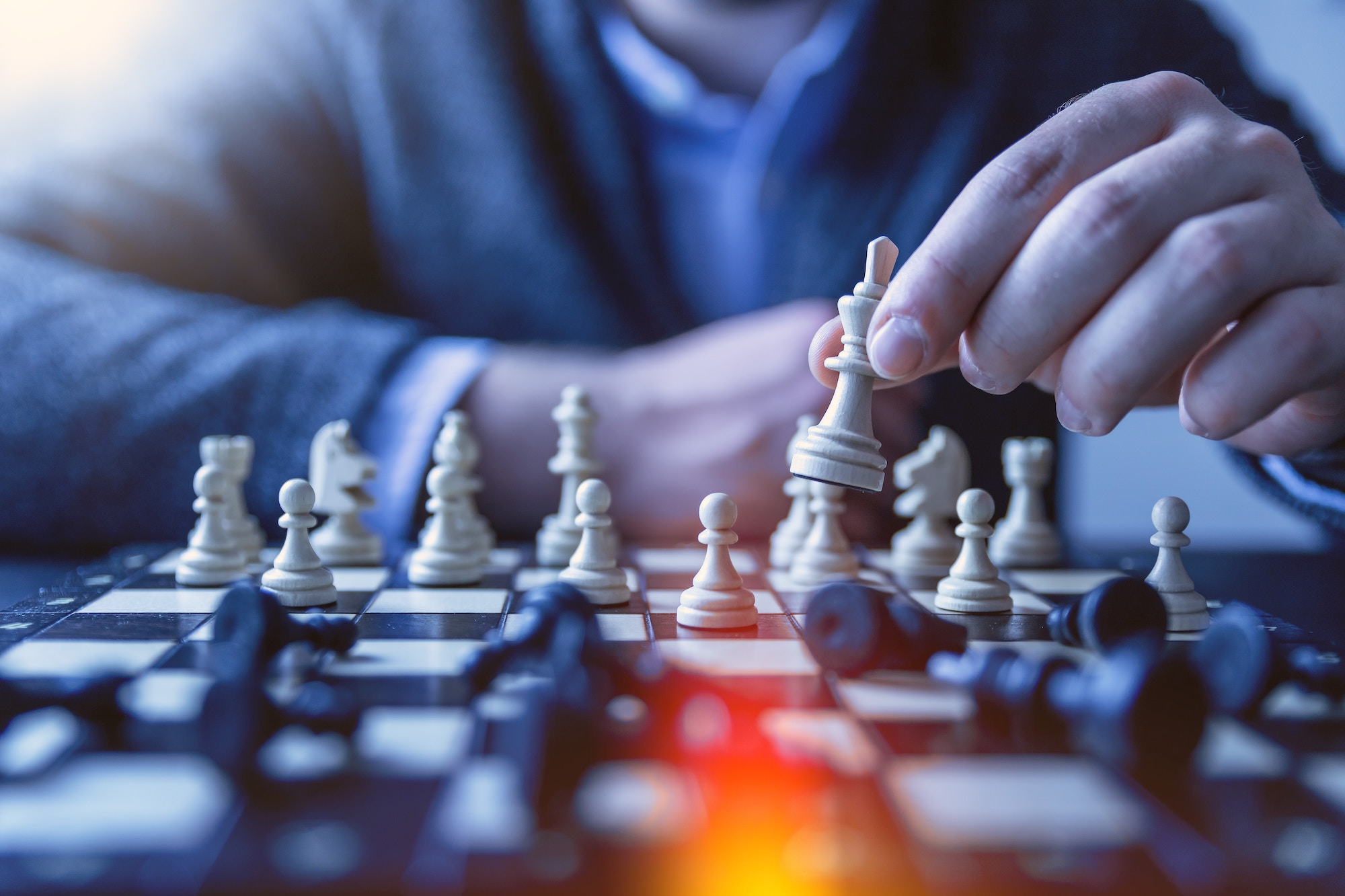 Similar to chess players, IT consultants navigates their career with strategy.